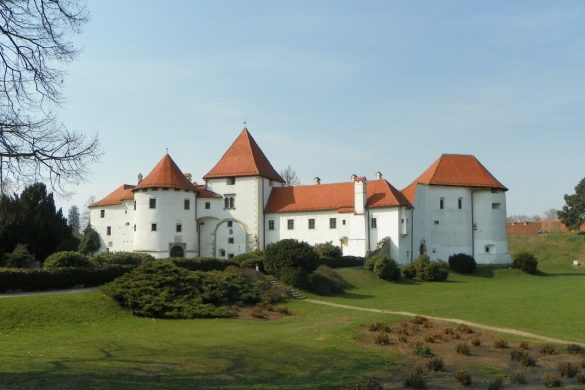 Day trip – Croatian castle Trakošćan and baroque city of Varaždin