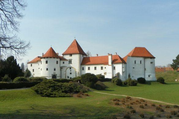 Dvorac Trakošćan i barokni grad Varaždin